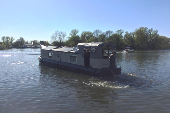 Slider-Sutje-in-Drive-HamburgBoats